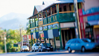Nimbin Hotel and Backpackers